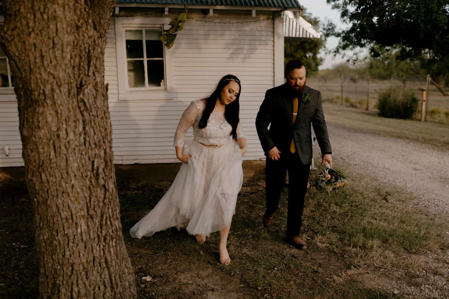 529-nicholas-and-kasi-burleson-farm-wedding-dallas
