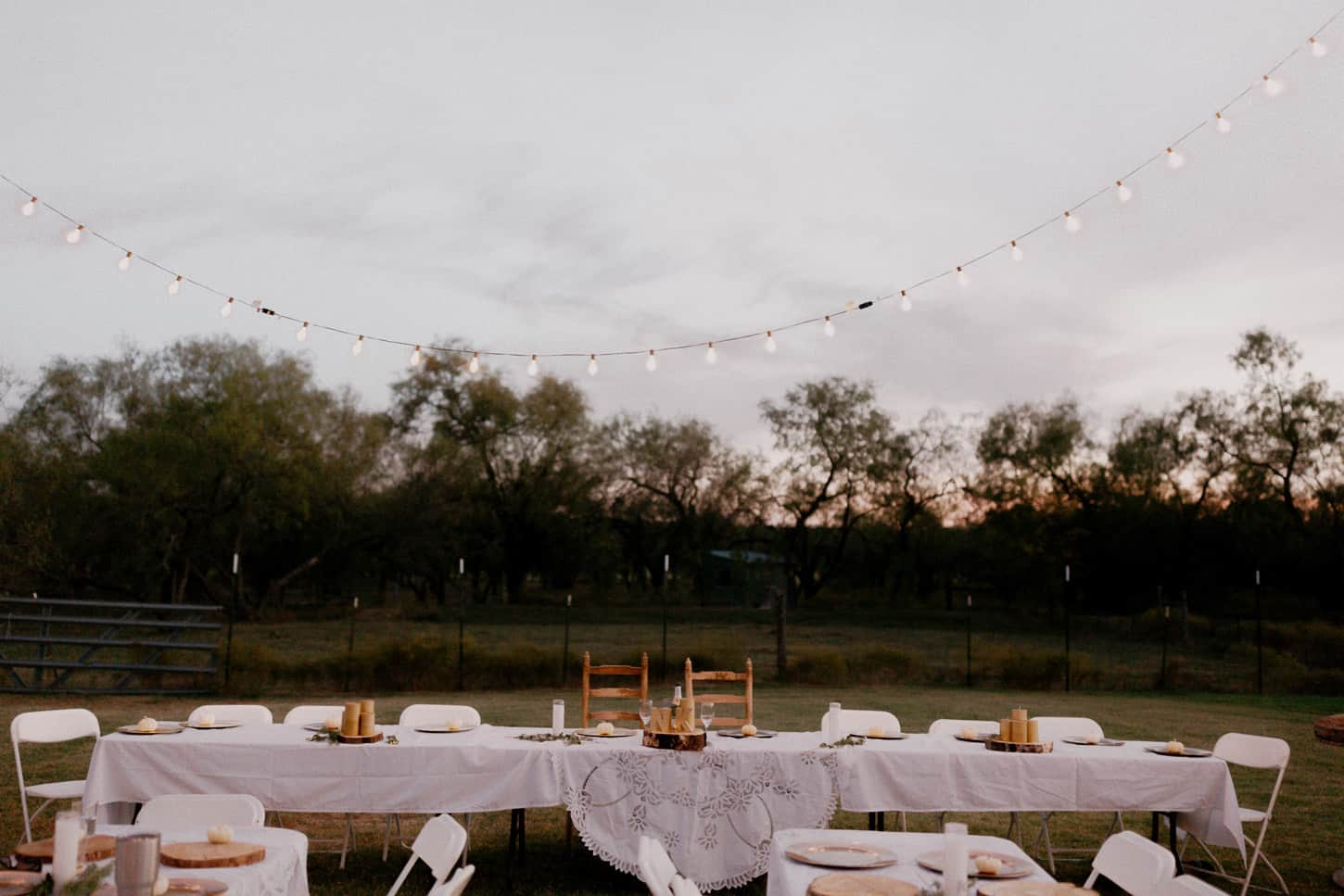 555-nicholas-and-kasi-burleson-farm-wedding-dallas
