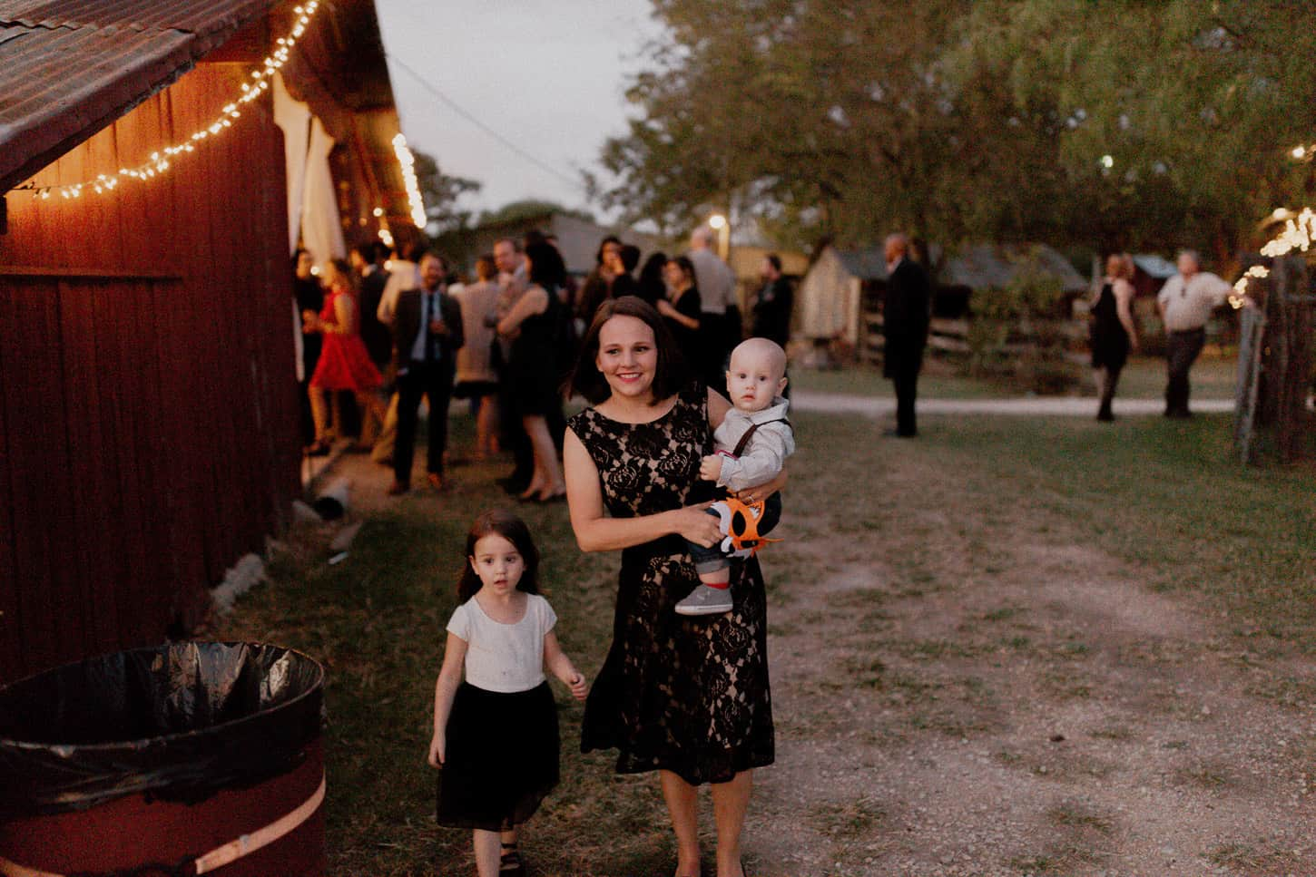 556-nicholas-and-kasi-burleson-farm-wedding-dallas