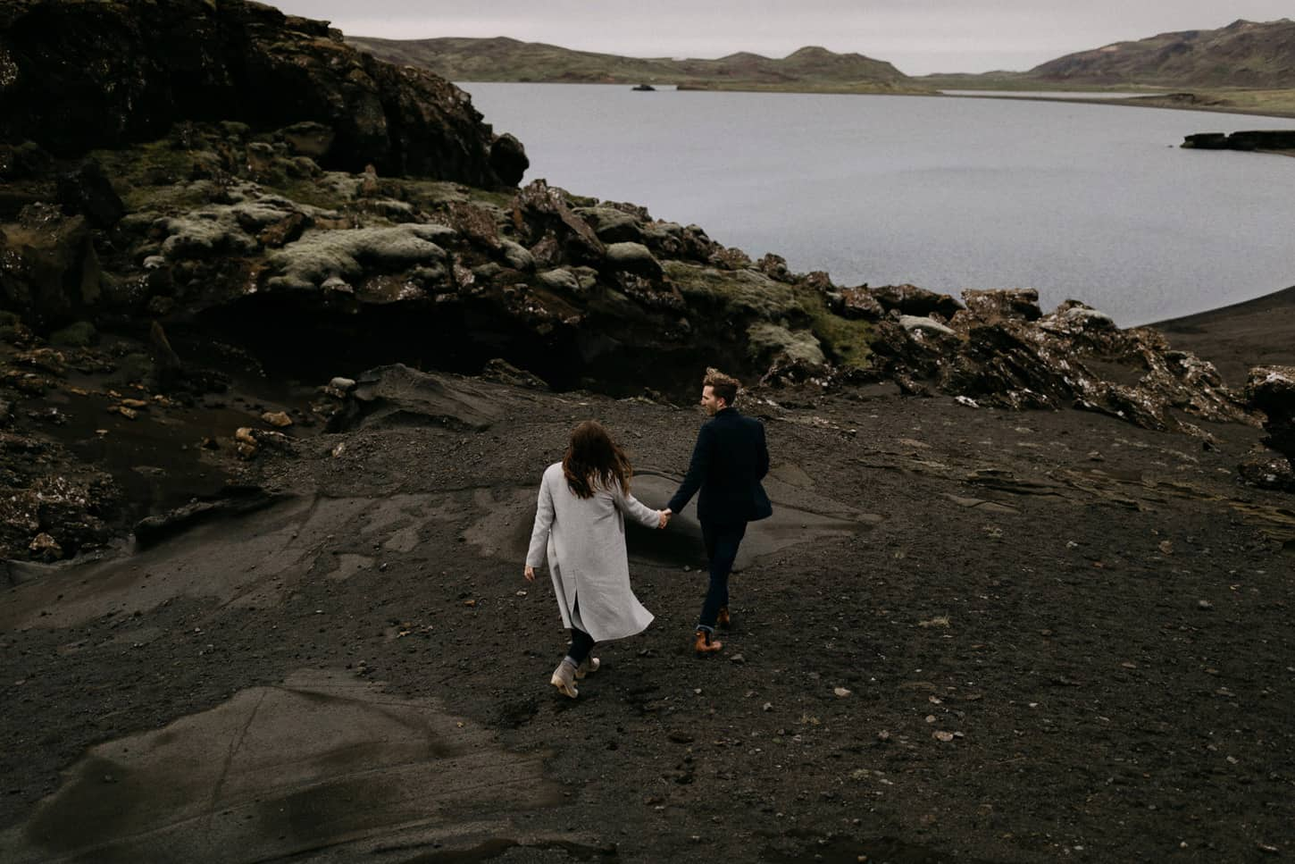 adventure iceland couple photos