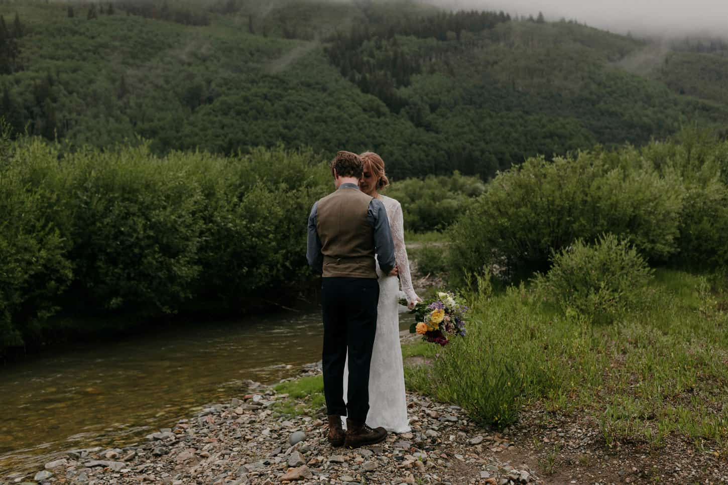 elopement during the rain in colorado